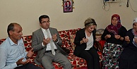Vali Memiş#039;ten şehit öğretmenin ailesine taziye ziyareti