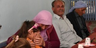 Şehit öğretmen Necmettin Yılmaz'ın öğrencilerinden ailesine taziye ziyareti