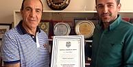 Ünsal#039;a onursal başkanlık beratı