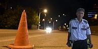 Alkollü sürücü yol kontrolü yapan polise çarptı: 1 şehit