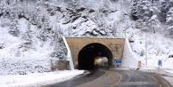 Zigana#039;da kar kalınlığı 15 santimetreye ulaştı