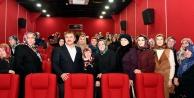 Hayatlarında ilk kez sinemaya gittiler