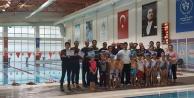 30 kişi yüzme hakemi oldu
