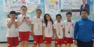 Yüzücülerimiz Trabzondan 14 madalya ile döndü