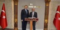 Bayburt Valisi Odabaş, Vali Yavuzu ziyaret etti
