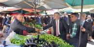 Milletvekilleri Üstün ve Aydın salı pazarını ziyaret etti