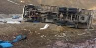 Pancar Şırası Yüklü Kamyon Yan Yattı: 2 Yaralı