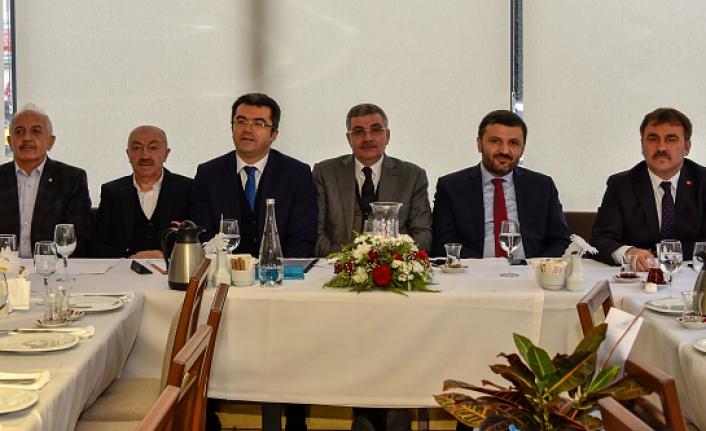 Karşıyaka Tabiat Parkı Projesi masaya yatırıldı