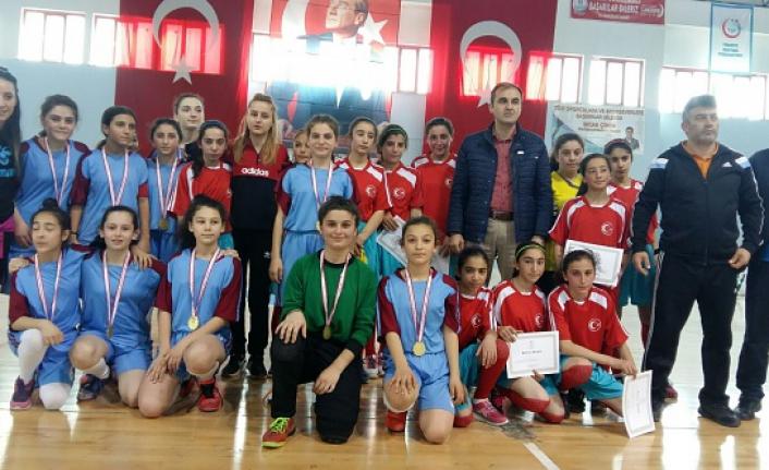 Futsal yıldızlar Grup Müsabakaları Sona Erdi