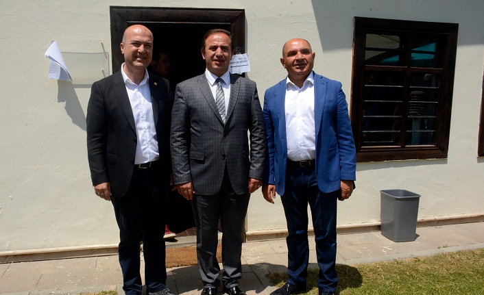 CHP'li Milletvekilleri Gümüşhane'de oy kullandı