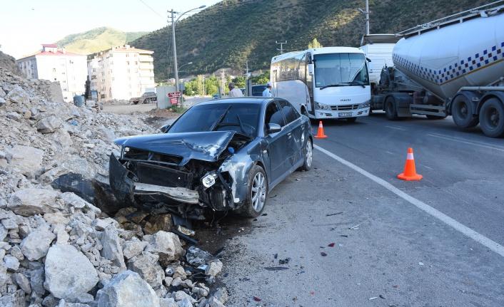Gümüşhane'de trafik kazası: 3'ü çocuk, 7 yaralı