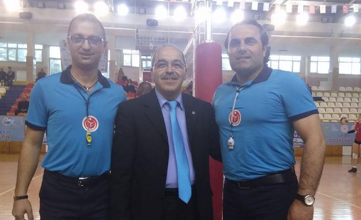 Ulusal Voleybol Hakemimiz Bahtiyar Çelik'e Türkiye Şampiyonasında görev