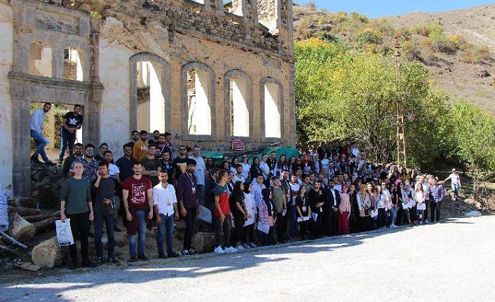 Avrasya Üniversitesi Mimarlık Bölümü öğrencilerinden Gümüşhane'ye teknik gezi