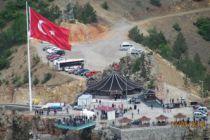 Türkiye'nin en büyüklerinden birisi Torul Cam Seyir Terasında