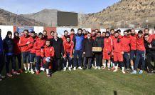 Başkan Çimen, Gümüşhanespor'un antrenmanını ziyaret etti
