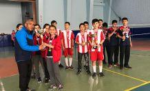 Badminton Yıldızlar müsabakaları sona erdi