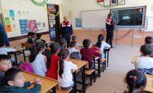 Jandarma'dan köy okullarına trafik eğitimi