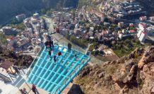 Torul Kalesi Cam Seyir terasına koronavirüs ayarı