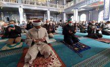 """Gümüşhane'de eller """"Allah'ım bize yağmur ver"""" duasıyla semaya açıldı"""