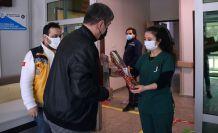 Başkan Özdemir sağlık çalışanlarını unutmadı
