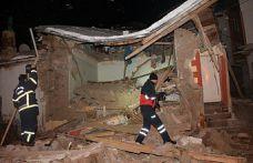 Gümüşhane'de mutfak tüpü gaz sıkışması sonucu bomba gibi patladı
