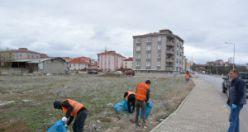 Kelkit Belediyesi'nin temizlik ekipleri sahada