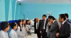 Dumlupınar Ortaokulunda TÜBİTAK Bilim Fuarı açıldı