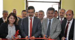 Fevzipaşa Ortaokulunda TÜBİTAK 4006 Bilim Fuarı Açıldı