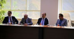Dr. Mustafa Çalık GÜ'de ders vermeye başladı