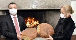 Vali Taşbilek: Araköy ekmeği bizim için çok kıymetli