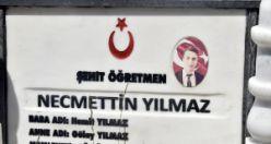 Şehit öğretmen Necmettin Yılmaz mezarı başında anıldı