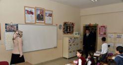 Vali Taşbilek'ten minik öğrencilere 'Ensar' teşekkürü