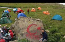 Gümüşhaneli dağcılardan şehitler diyarına 15 Temmuz zirve tırmanışı