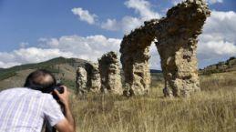 Yıllarca su kemeri sanıldı ama bazilika-kilise olduğu ortaya çıktı