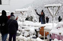 Zigana dağında kar kalınlığı 15 santimetreyi...