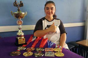 Torul'un ilk ve tek kadın milli bilek güreşçisinin hedefi dünya şampiyonluğu