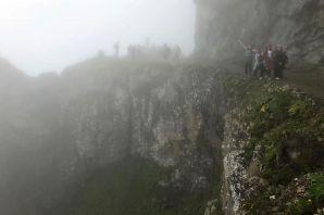 Gümüşhaneli dağcılar dünyanın en tehlikeli yolunda