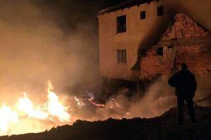 Torul'da korkutan yangın