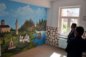 Doğan'dan bakım ve onarımı yapılan okullara ziyaret