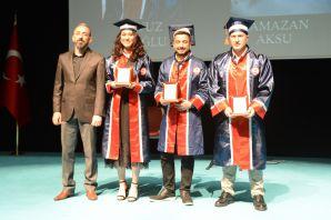 Gümüşhane Meslek Yüksek Okulu 11.dönem mezunlarını verdi