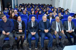 Rektör Zeybek, OMÜ'lü öğrencilerle buluştu