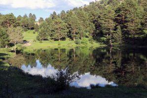 Bir zamanlar atların serinletildiği göl turizme kazandırılmayı bekliyor