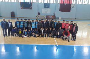 Okullar arası genç erkekler Futsal müsabakaları tamamlandı