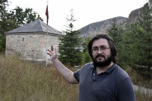 Gümüşhane'deki son Karamanoğlu beyi: Pir Ahmed