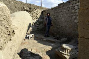 Satala'nın derinliklerinde bin 500 yıllık Roma askeri zırhı bulundu
