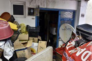 Gümüşhane'de iki ayrı çöp evden 3 kamyon malzeme boşaltıldı