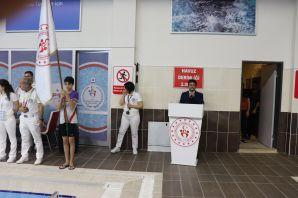 Gümüşhane'de okullar arası yüzme il birinciliği yarışması yapıldı