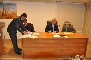Tarım'da 40 personelle sözleşme yenilendi