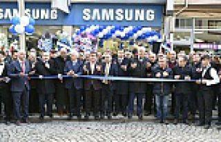 Gümüşhane Samsung bayii dualarla açıldı