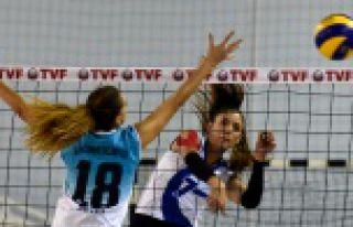 Gümüş Kızlar'dan süper galibiyet: 3-1